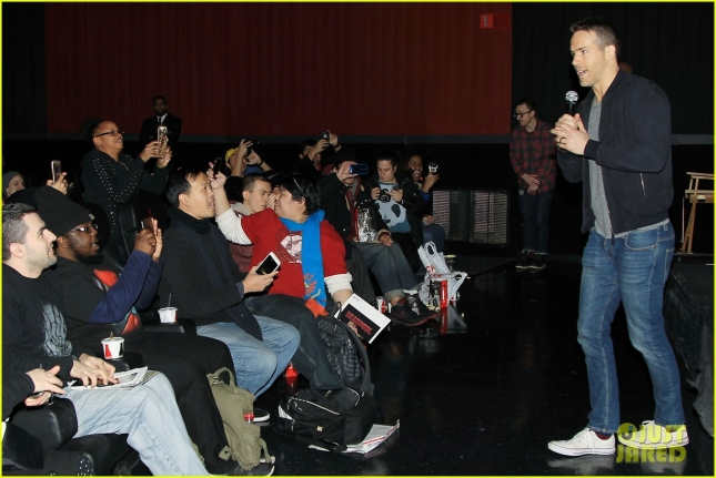 ryan-reynolds-sits-on-deadpools-lap-at-nyc-fan-screening-27