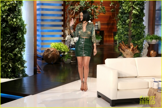 george-clooney-rihanna-never-have-i-ever-ellen-01
