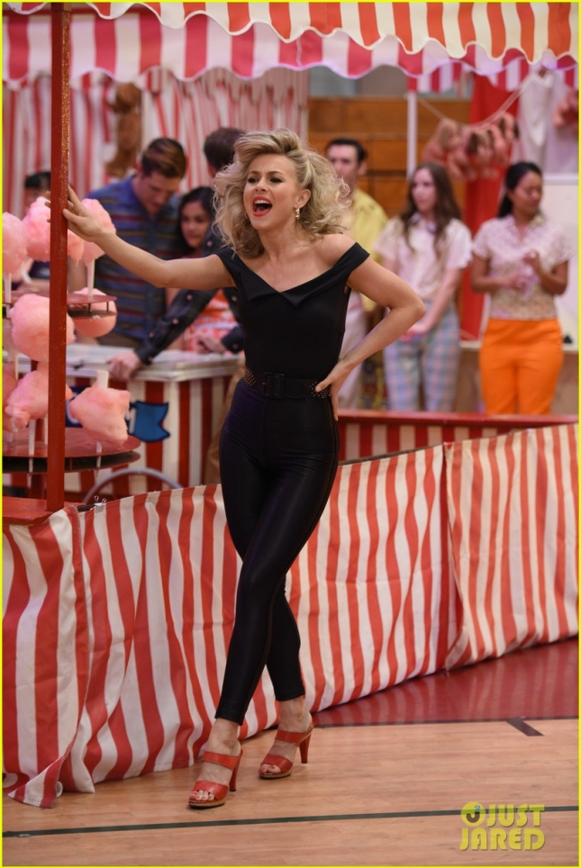 grease-live-watch-every-performance-video-120