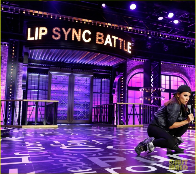 hayden-panettiere-christina-aguilera-lady-marmalade-lip-sync-battle-09