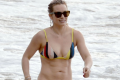 hilary-duff-shows-off-amazing-body-in-a-bikini-in-hawaii-01