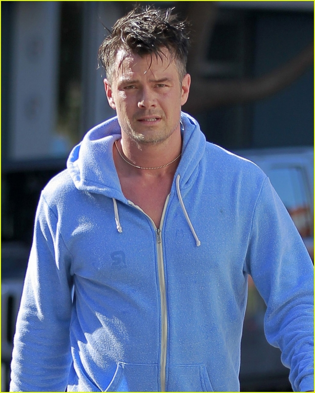 josh-duhamel-loves-taking-son-axl-to-north-dakota-03