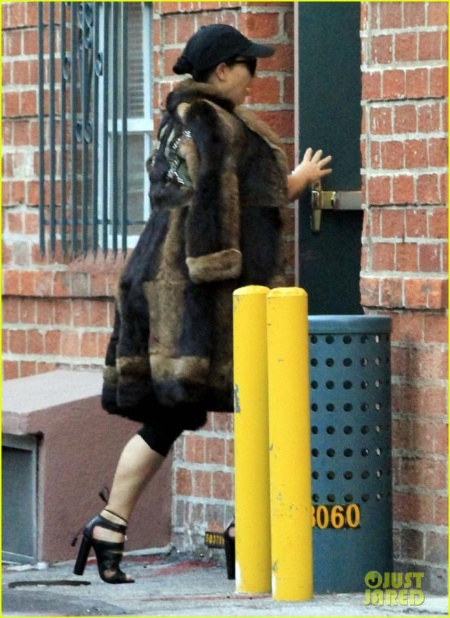 Exclusive... Kim Kardashian Stops By A Dermatology Clinic