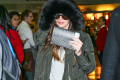 megan-fox-bundles-up-jfk-nyc-04