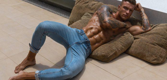 самых модных мужских джинсов 2021